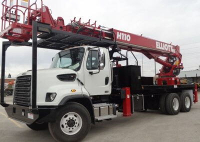 h 110 r truck from front