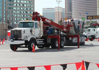 Elliott H 90 F Truck being used in parade setup