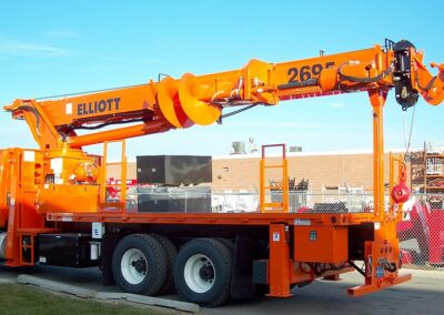 BT2695_Custom-26-Ton-with-Pole-Claw-and-Digger