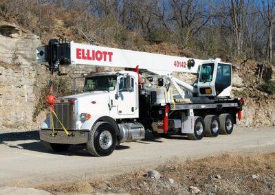 BT40142_Elliott-40142