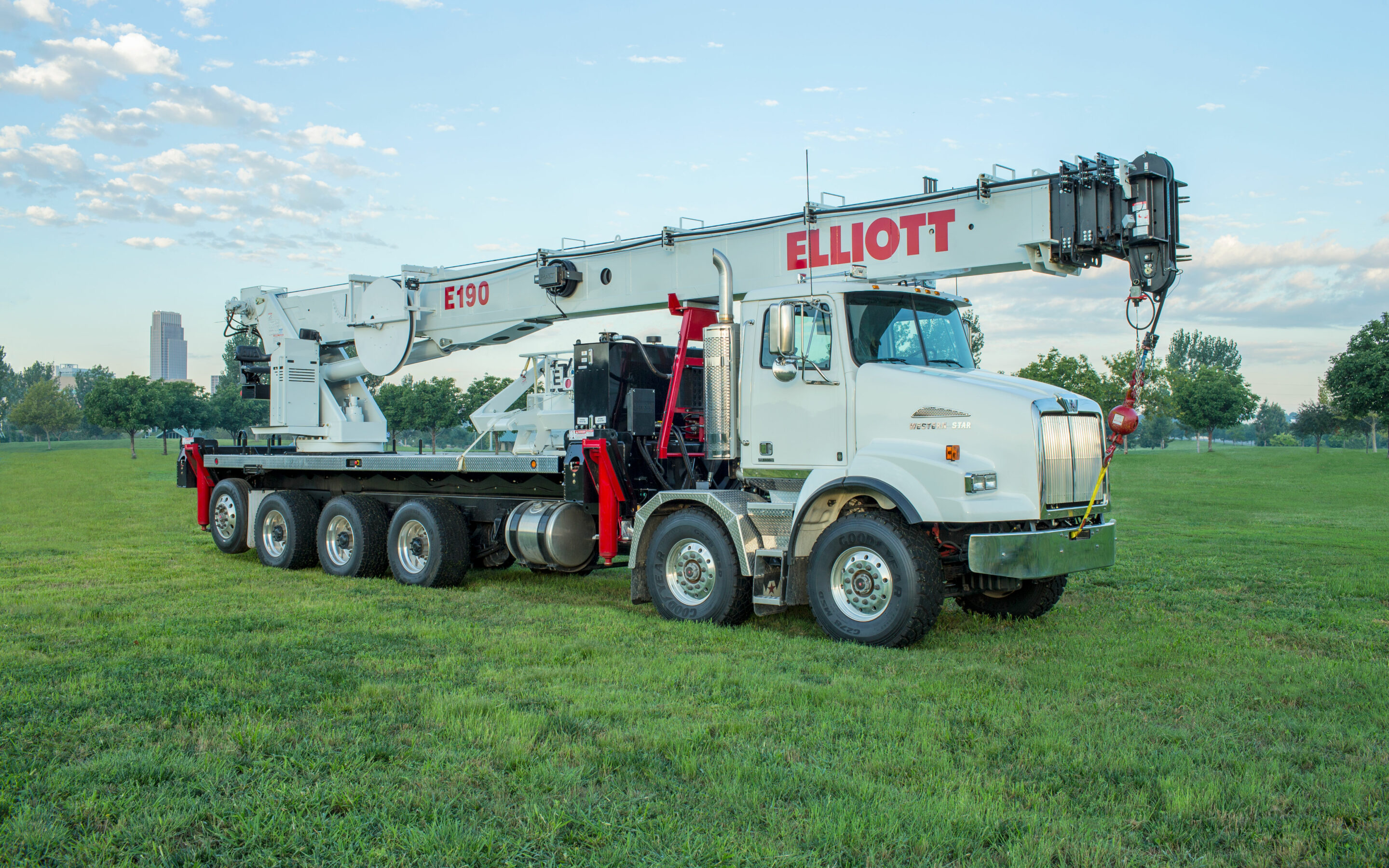 CHOOSE THE RIGHT BOOM TRUCK FOR THE JOB